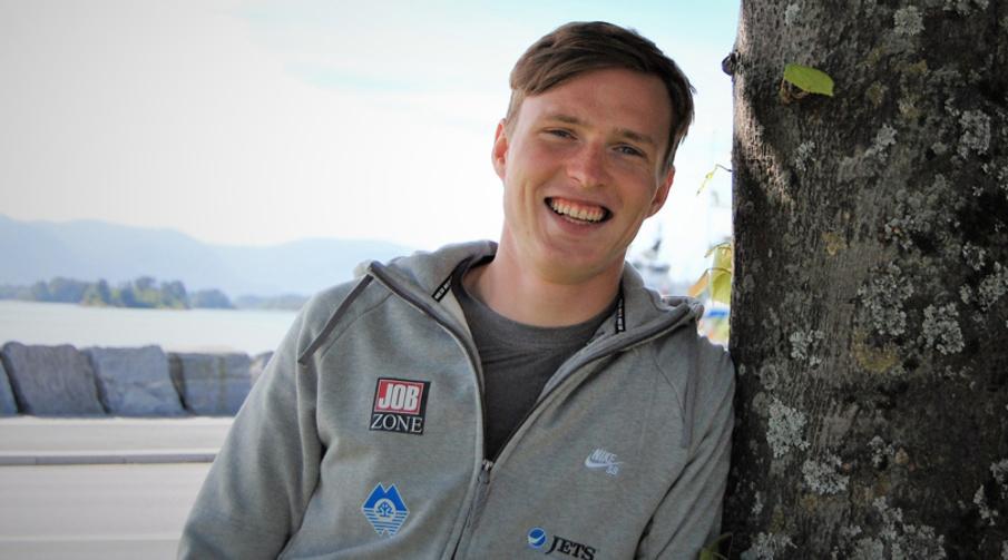PÅ bildet Karsten Warholm - samarbeider med Sparebanken Møre.