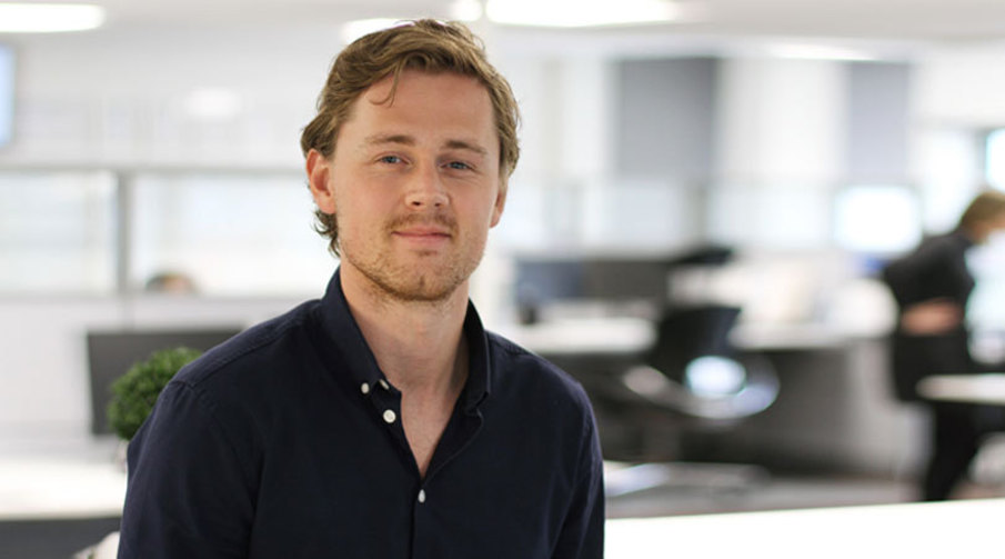 Sondre Skulstad, finansiell rådgiver i Sparebanken Møre.