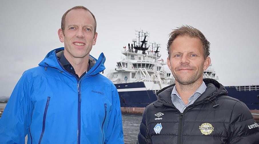 Joar Gjerde i Frøy Vest AS og kunderådgiver Bjørnar Vartdal i Sparebanken Møre.