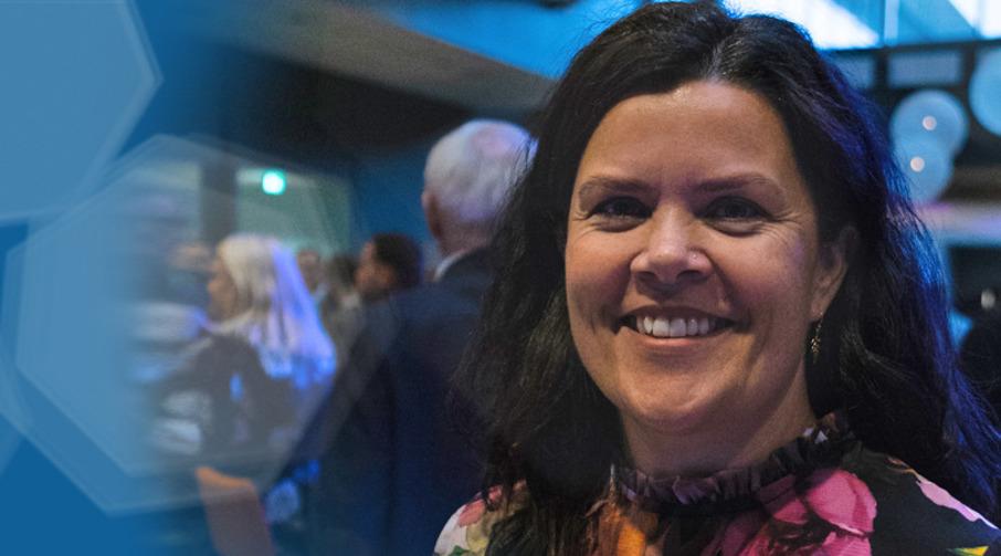 Banksjef i Sparebanken Møre avdeling Ulstein, Ellen Kvalsund.