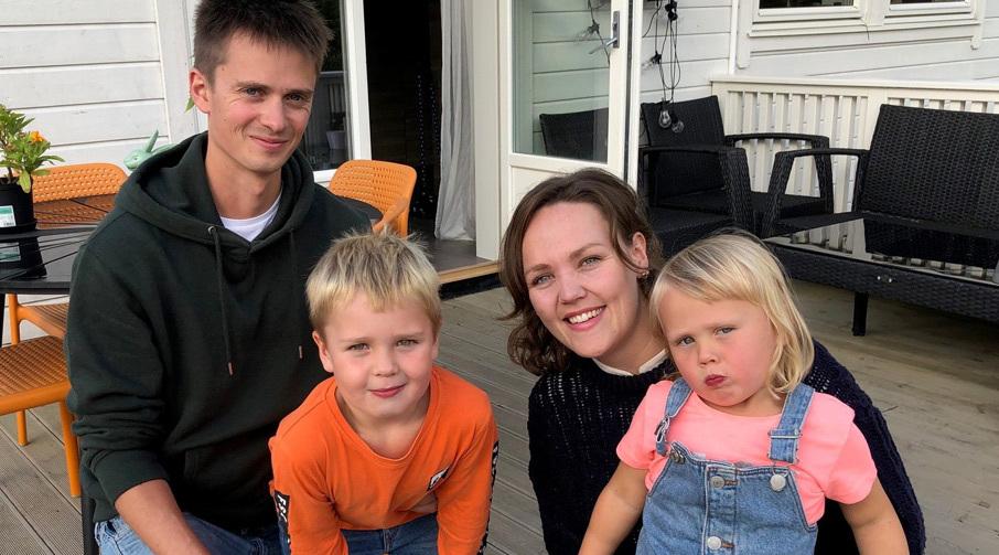 Familien Rogne med Nancy, mannen Kent, barna Karla og Kevin.